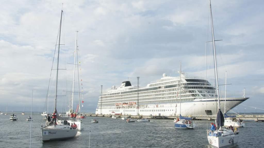 На линию между материком и островом Вормси выйдет судно Reet