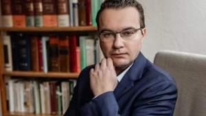 Олег Губарев: защита соотечественников за рубежом не должна зависеть от их платёжеспособности