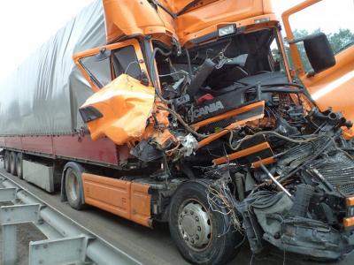 Почему по дорогам России ездят грузовики-убийцы