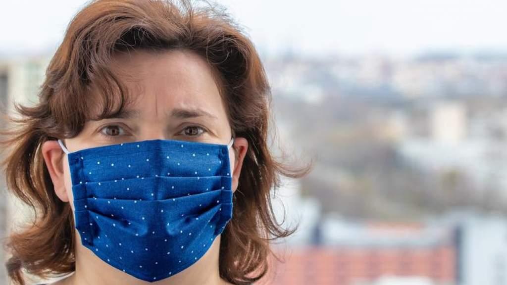 Школьным учителям не нужно носить маску во время занятий