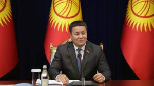 Врио президента Киргизии поддержал сохранение официального статуса русского языка