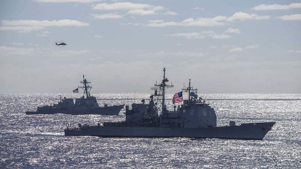 Зарубежные пользователи назвали провокацией нарушение российской границы эсминцем США