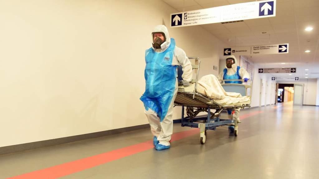 Число пациентов больниц с COVID-19 дошло до нового максимума — 760 человек