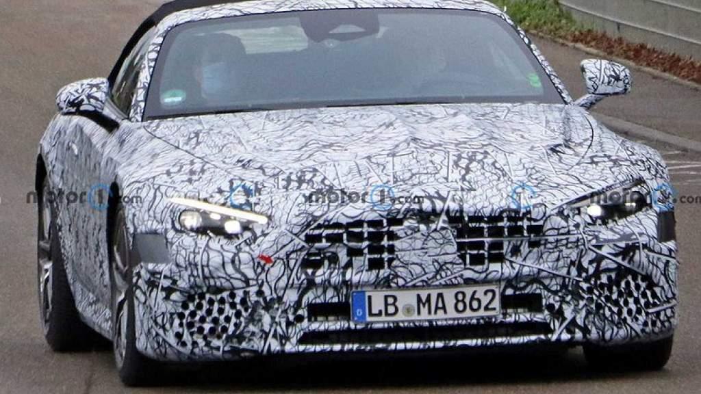Фотошпионы «поймали» новый Mercedes-Benz SL