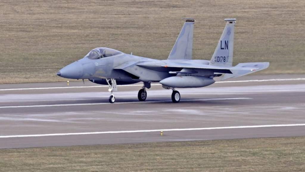 Истребители НАТО трижды сопроводили военные самолеты РФ