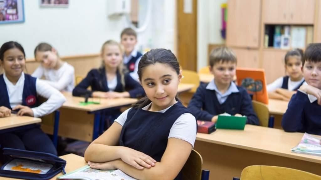 Правительство распорядилось выделить деньги на строительство русскоязычных школ в Таджикистане