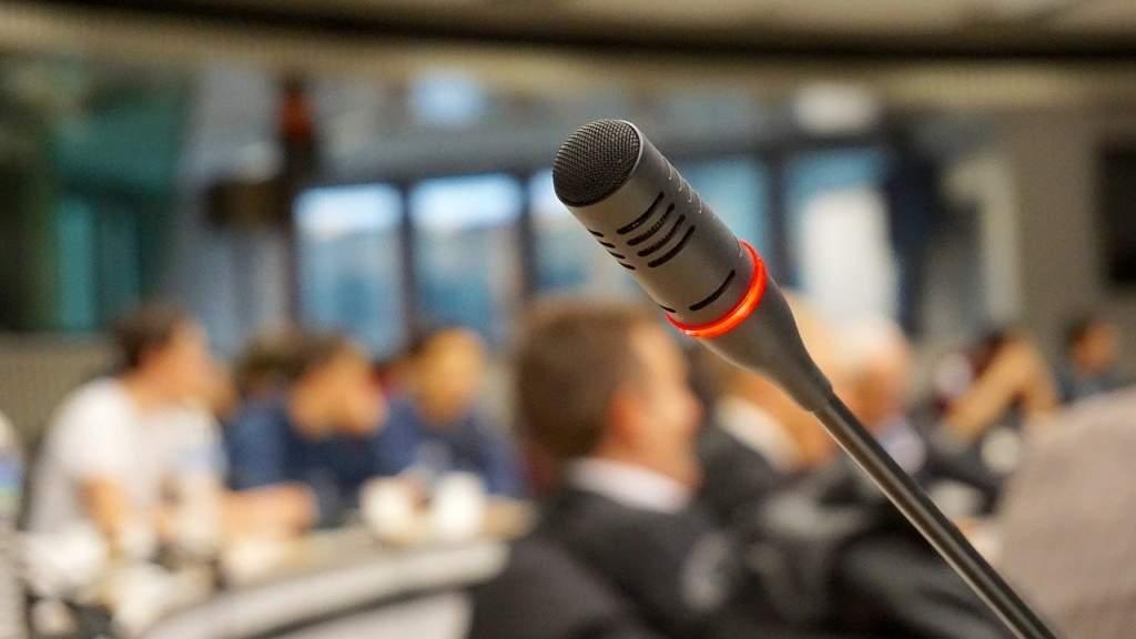 Развитие диалога с соотечественниками обсудили за круглым столом