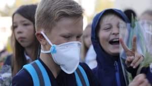 Родители против: собрано более 17 000 подписей за отмену масок в начальной школе