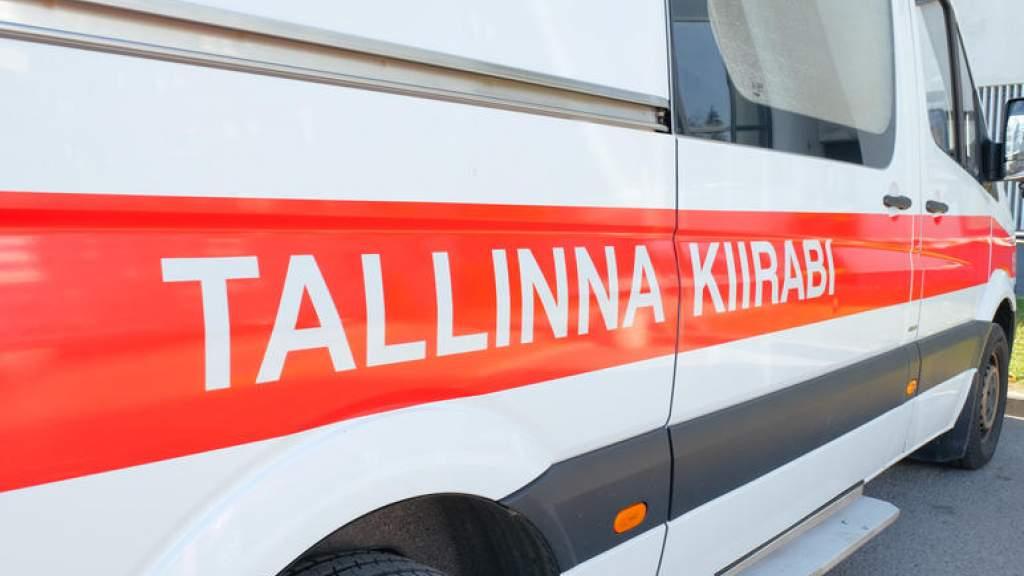 В центре Таллинна нетрезвый водитель врезался в столб