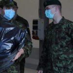 В декабре солдат срочной службы отправят в отпуск. Но не всех