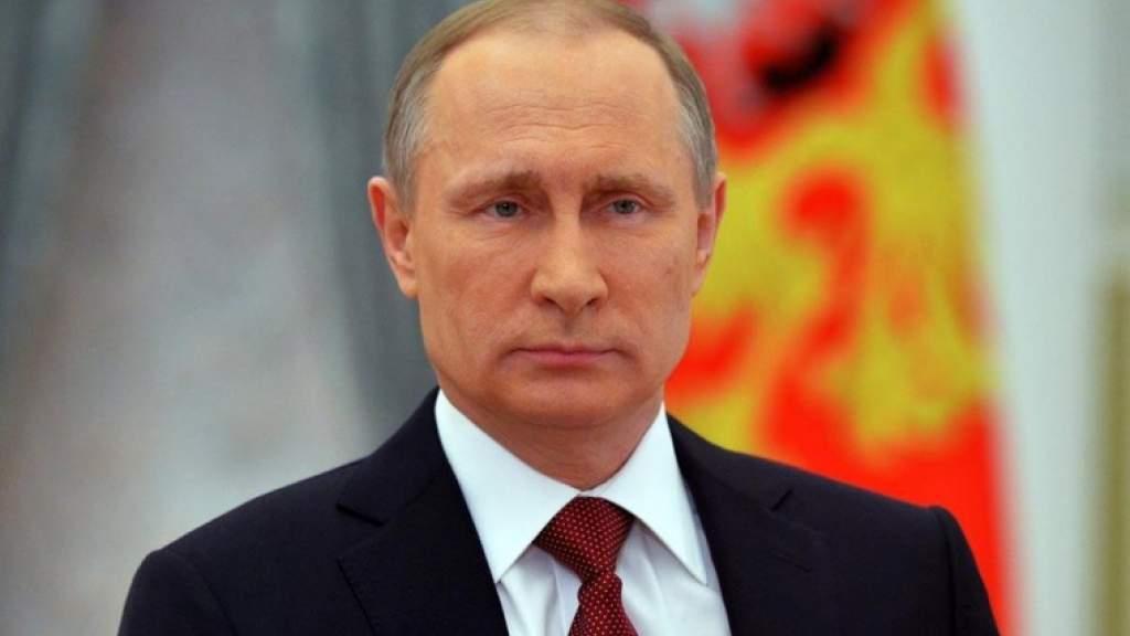 Владимир Путин подписал закон о санкциях за цензуру против российских СМИ