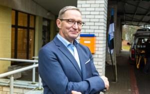 """""""Очевидец"""": глава Валгаской больницы предлагал вакцину от коронавируса товарищам по клубу"""
