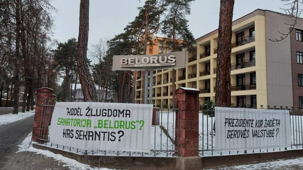Город безработных: сотрудники санатория Belorus в Литве устроили пикет