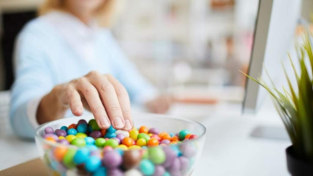 Как сладкое влияет на мозг? Правда ли сладкое улучшает мыслительные процессы?
