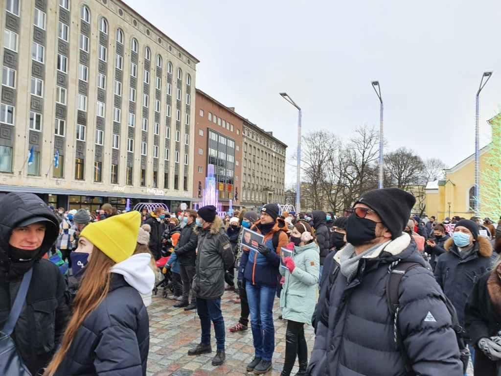 В Таллине состоялся митинг в поддержку Алексея Навального (фото)