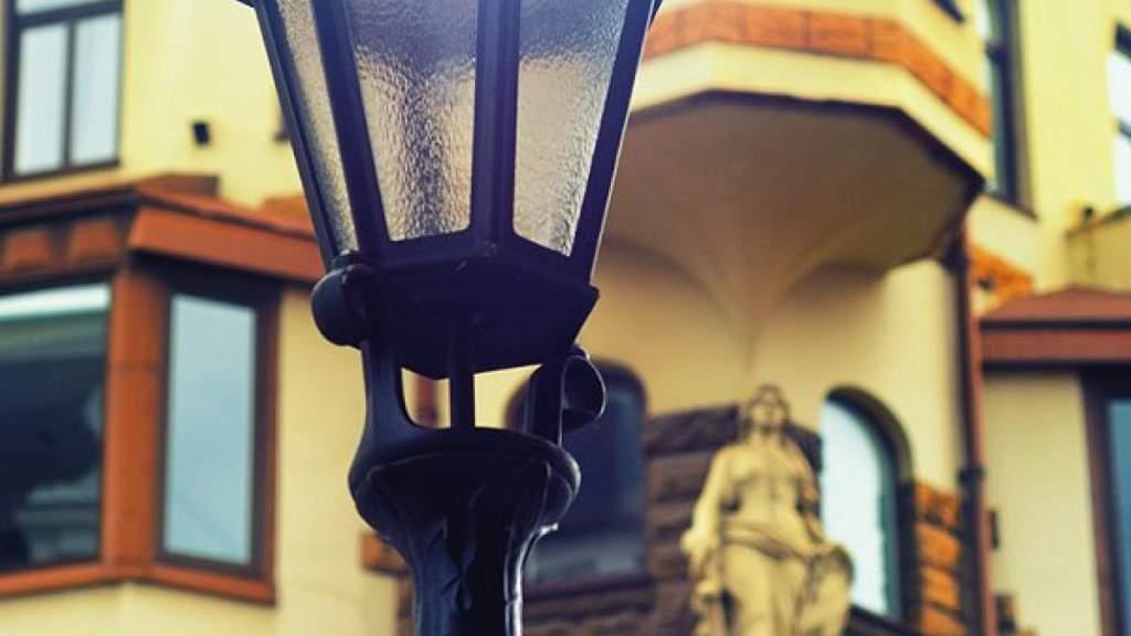 Рига заплатит латвийскому производителю за фонари в три раза больше, чем Вильнюс
