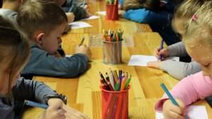 Русская община Латвии осудила планы Рижской думы закрыть русские группы в детсадах