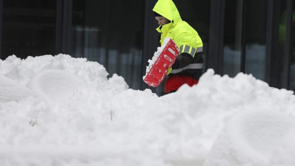 Снега будет еще больше; со стороны России к нам идет мороз