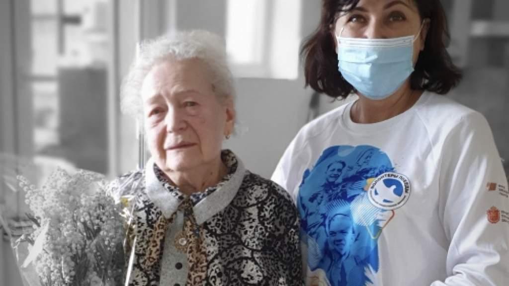 Соотечественники в Бельгии навестили ветерана-блокадницу