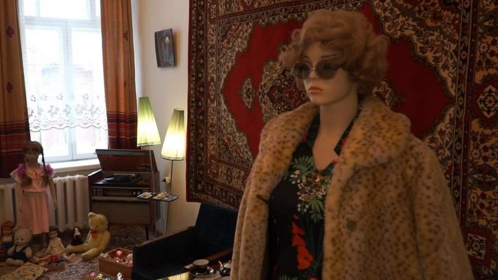 В Латвии сдаётся советская квартира с модной хозяйкой (ВИДЕО)