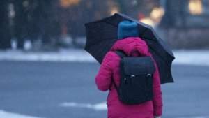 В среду в Латвии будет и снег, и дождь