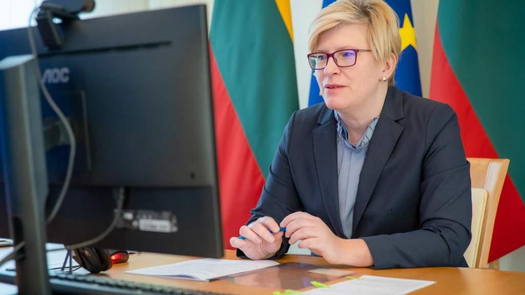 Премьер Литвы просит воздержаться от контактов, которые не являются необходимыми