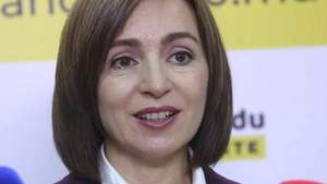 Санду приветствовала регистрацию в Молдавии вакцины Спутник V