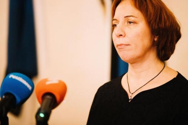Подозреваемая в присвоении Майлис Репс продлила приостановку полномочий в горсобрании Таллинна
