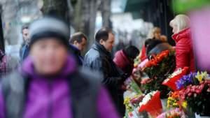 Опрос: сколько на самом деле женщин Латвии хотят отмечать 8 марта