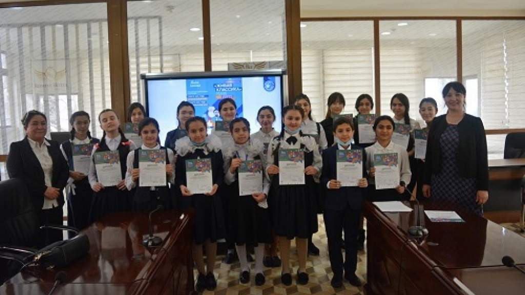 В Душанбе прошёл региональный этап конкурса «Живая классика»