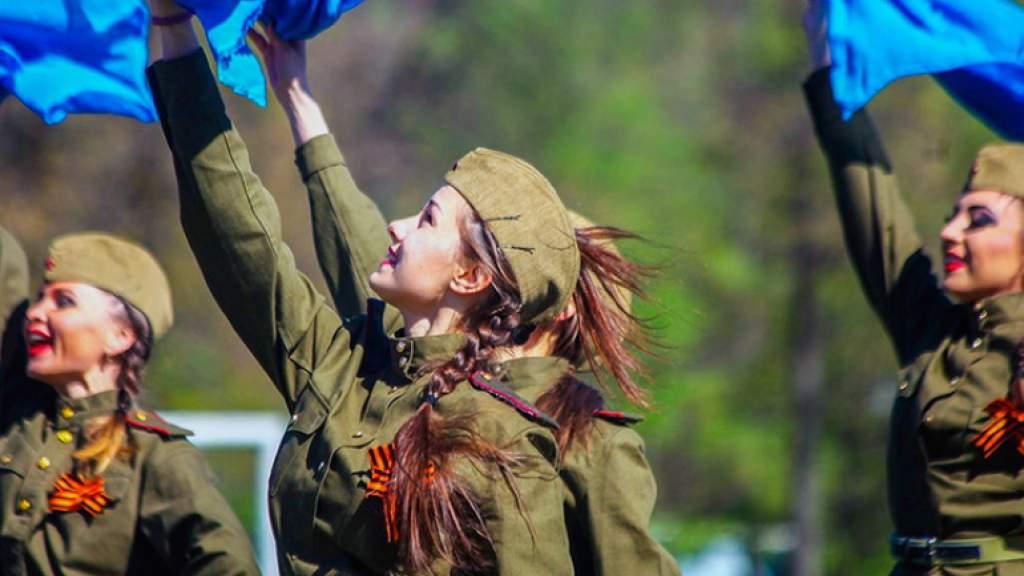 Музыкальный конкурс «Песни военных лет!» проходит в Петербурге