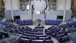 В Германии одобрили привилегии для привитых от коронавируса