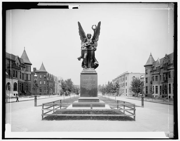 Confederate Monument, Mount Royal Terrace (c. 1906). Library of Congress