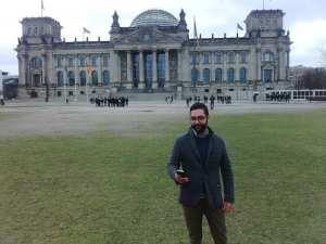 AirSelfie-Aufnahme vor dem Reichstag