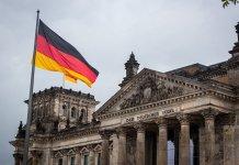 Zwischen Skylla und Charybdis: Welche Rolle wird Deutschland in der Welt zuteil?