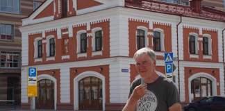 """Dostojewski """"schickt"""" Holländer nach Sibirien… mit altem BMW-Motorrad"""