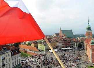 Polens neuer Premier deklariert Annäherung an Ukraine