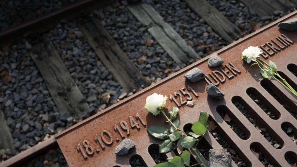 Merkel mahnt am Holocaust-Gedenktag zu neuer Erinnerungskultur