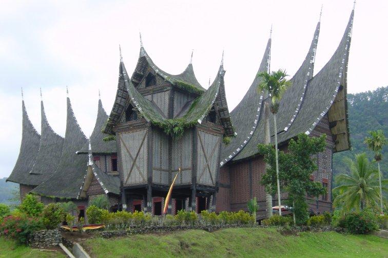 gambar rumah garang