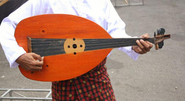alat musik dari betawi