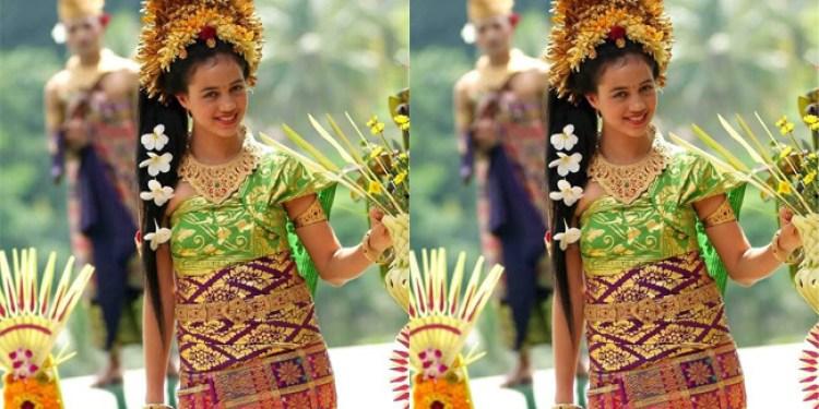 pakaian adat bali tradiional