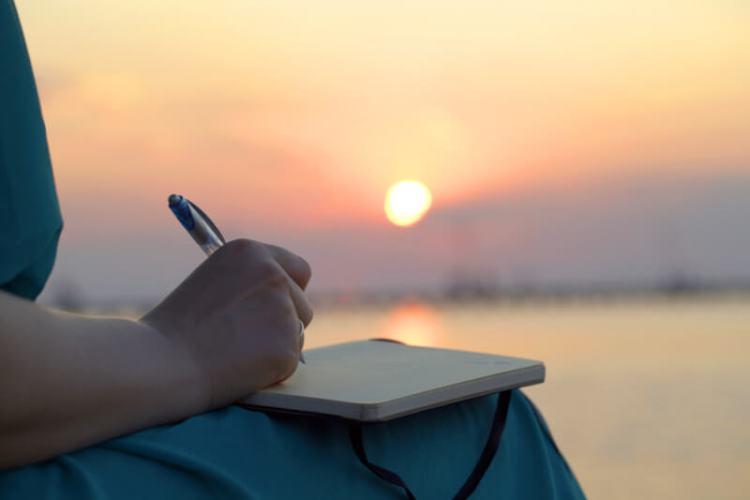 cara menulis dan contoh kata pengantar yang benar
