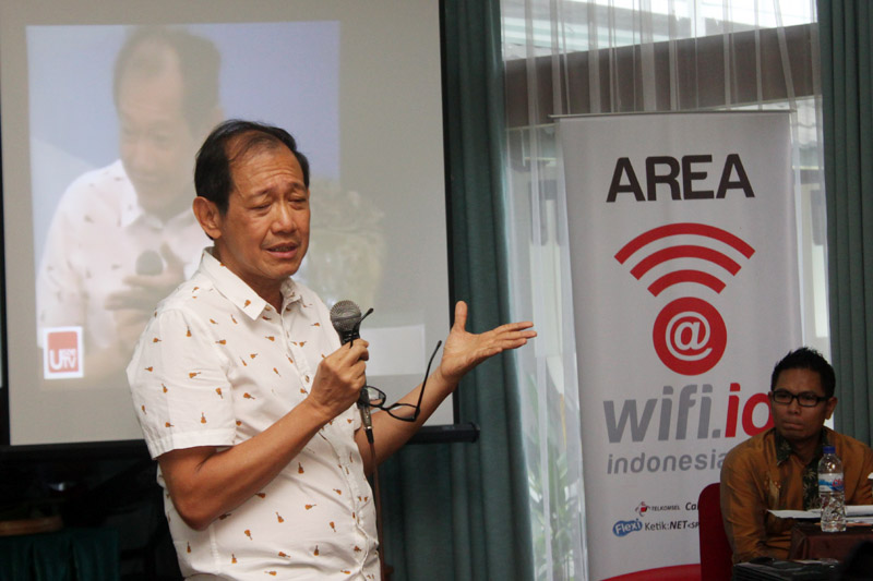 "Prop Hermawann Kartajaya said, ""This is Wifi ID area"""