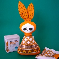 Retro Sewing Kits & Soft Toys by Nanette Regan
