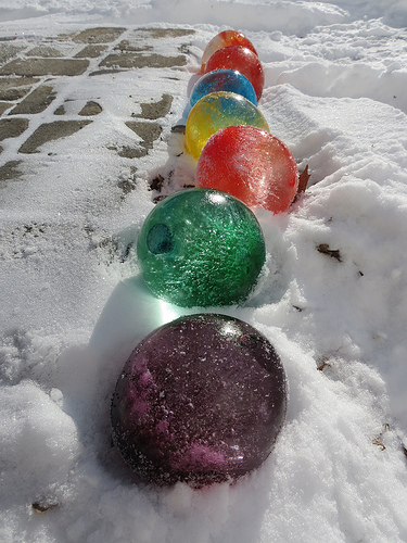 Make Your Own: Ice Balloons
