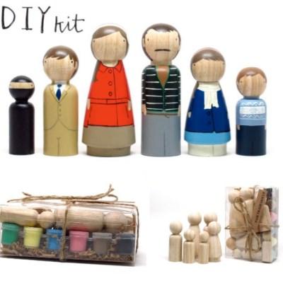 Paint Your Own Family Peg Kit
