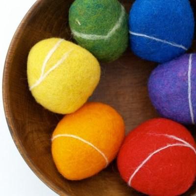 Learn how to felt Rainbow Rock Kit