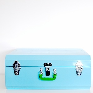 Kids Love Design metallic suitcase