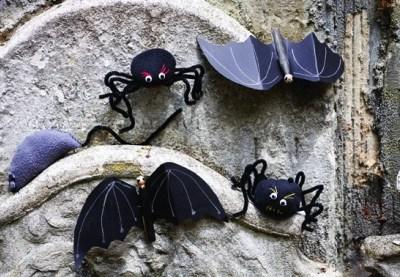 Halloween creepy craft kit by Buttonbag