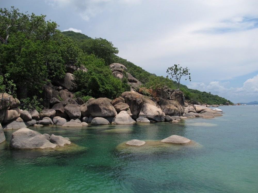 Malawian water - beauty, bore holes, and bilharzia. (5/6)
